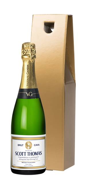 personalised spurs cava gold frame label in a gold gift box