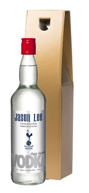 personalised spurs vodka silver label in a gold gift box