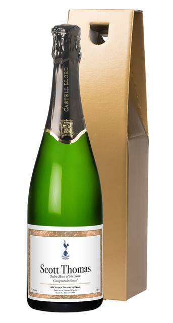 personalised spurs cava with framed label in a gold gift box