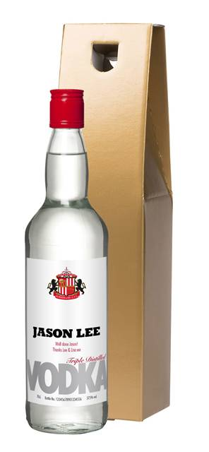 personalised sunderland premium star vodka in a gold giftbox