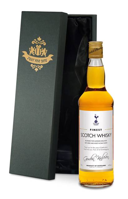 personalised spurs blended whisky classic label in a silk lined box