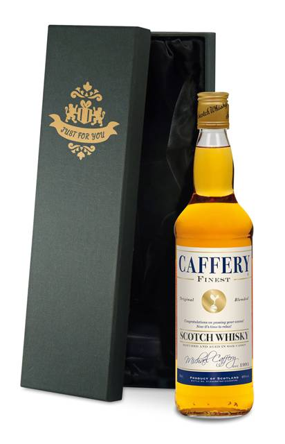 personalised spurs blended whisky cream label in a premium silk lined box
