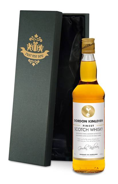 personalised spurs blended whisky white label in a silk lined box