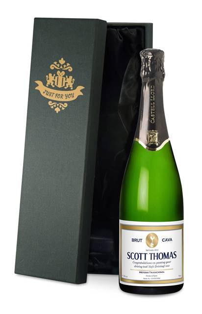 personalised spurs cava gold frame label in a silk lined gift box