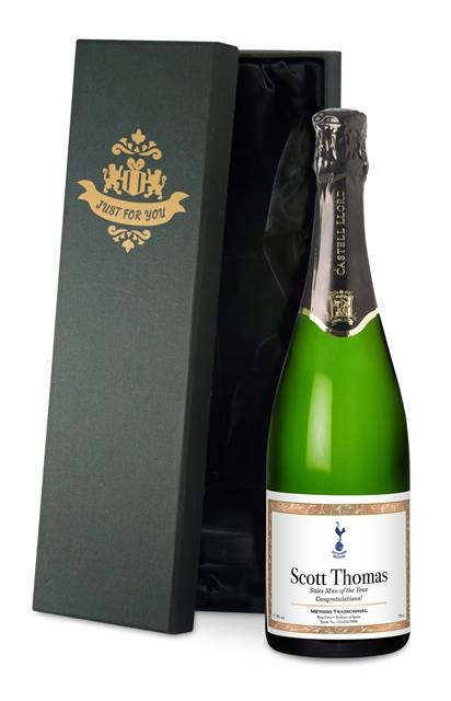 personalised spurs cava with framed label in a silk lined gift box